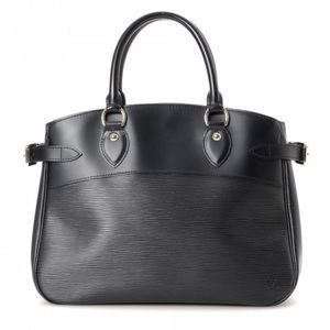 Authentic Vintage Louis Vuitton Epi Passy PM bag